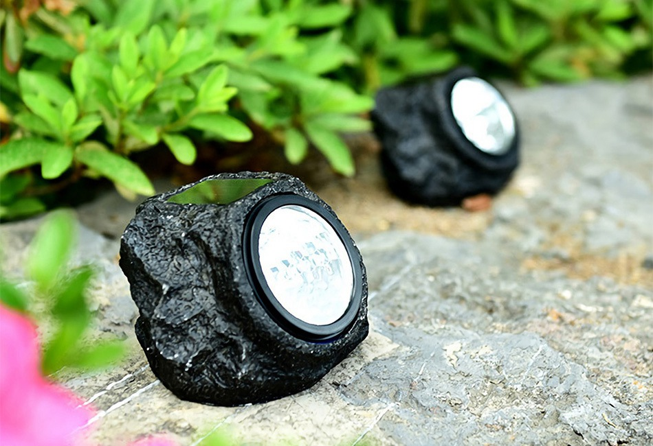 This Simple Rocklike Spotlight Ed By The Sunshine Is Perfect For Illuminate Your Walkways Yards Gardenore Solar Light Charged